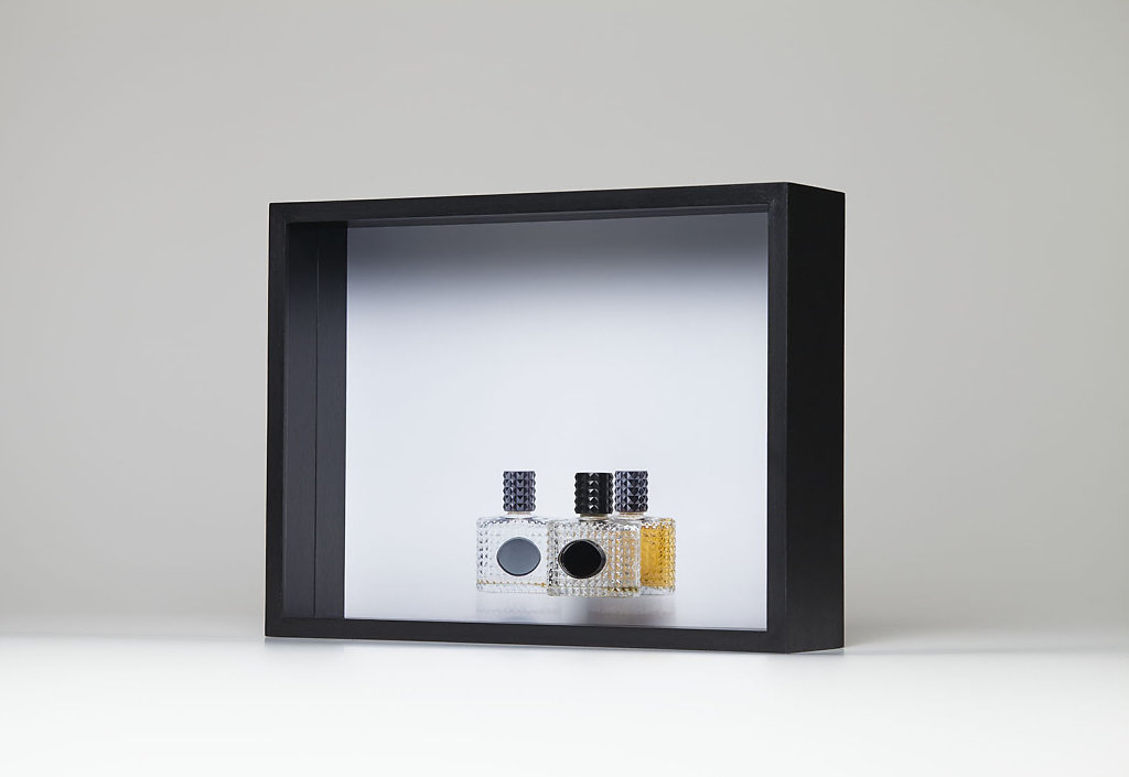EVERYTHING I OWN SMELLS OF YOU I, 2016. Pigment print on baryt paper, perfume bottle with mirror in black, framed in box, 32x42 cm